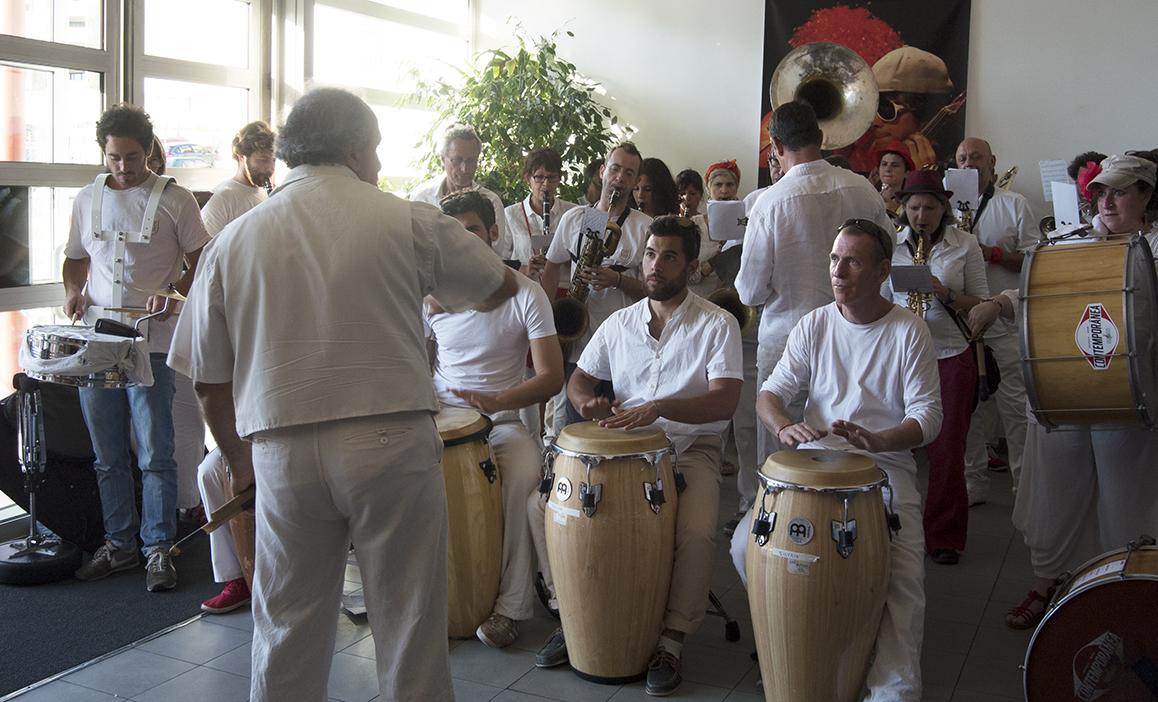 30 mai 2015 – Déambulation Banda Mundo Latino